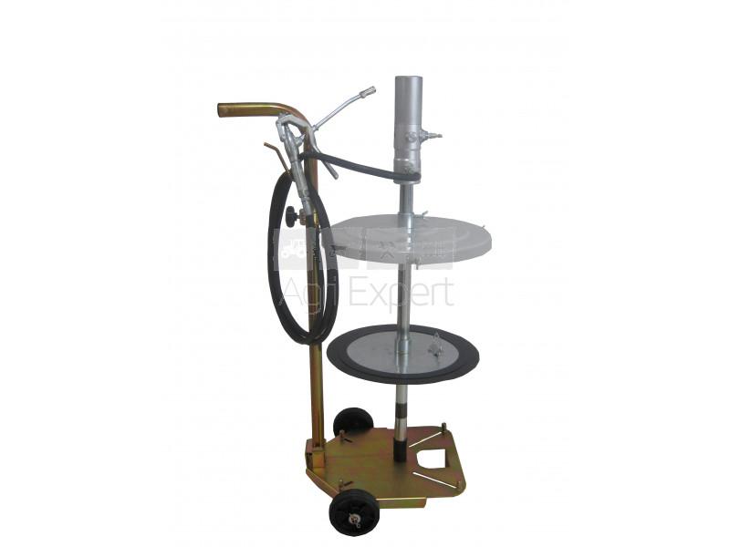 equipement atelier agriole domicile lubrification et gasoil distribution de graisse pompe a pneumatique chariot avec pour tonnelet kg