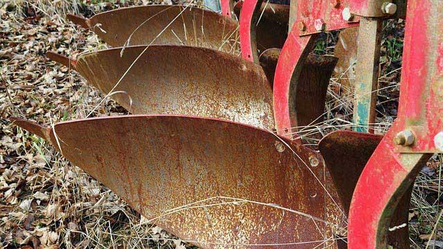 pieces_charrue_agricole